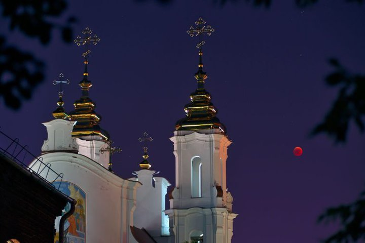 blood-red-moon-vitebsk-20180727-04-768x512
